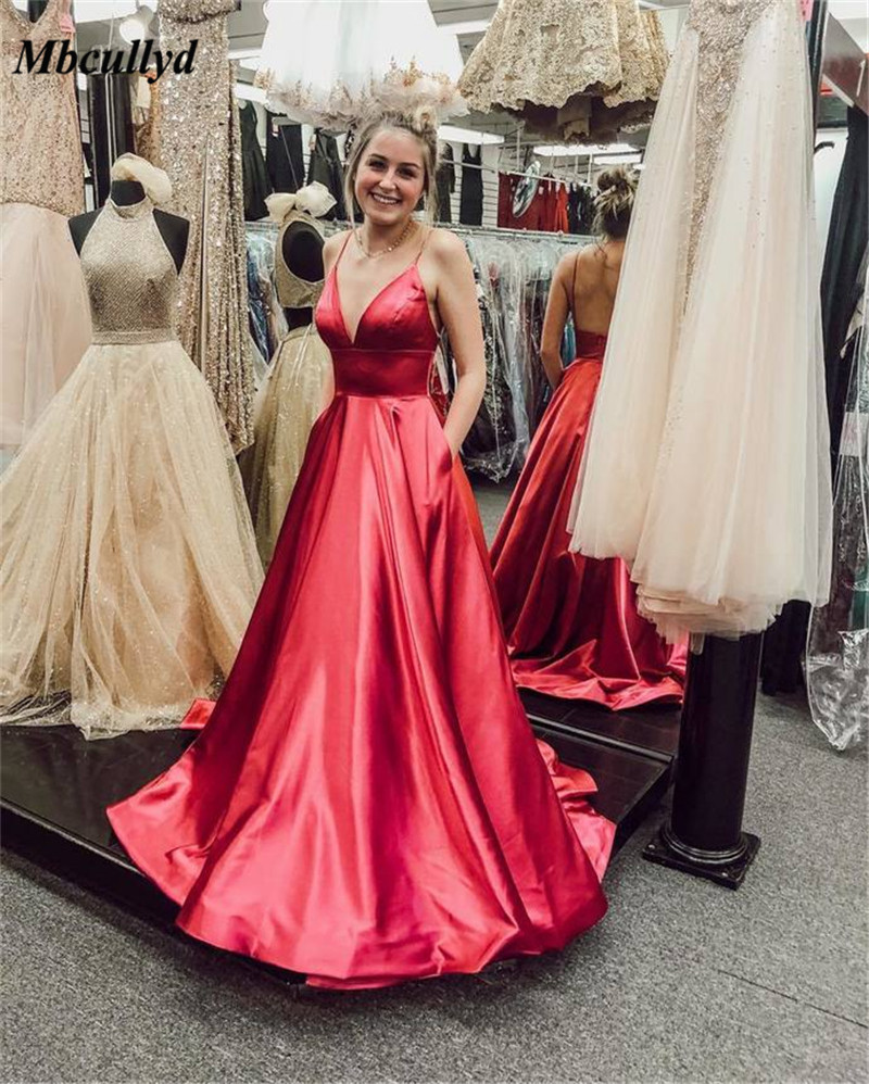 Mbcullyd V Neck Sparkly   Prom     Dresses   2019 Backless Evening Party Gowns Sexy Backless Vestido de Festa With Pocket Custom Made