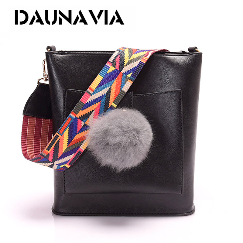 DAUNAVIA New classic fashion women bag exquisite hair ball ornaments color shoulder strap bucket bag sanding shoulder Messenger