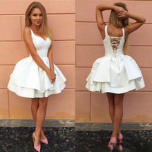 Sexy Criss-cross Straps Backless Little White Homecoming Dresses V Neck Tiered Short Party 2017 Puffy Cheap Cocktail