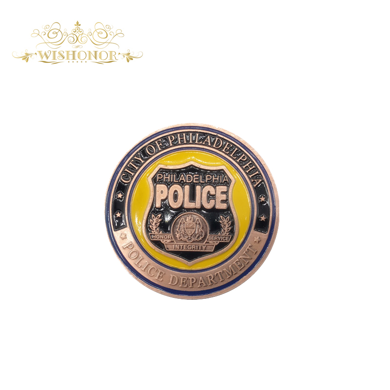 Hot Sale For America Philadelphia Police 24K Gold Messing Coin, Challenge Coins Medal 40 * 3 mm Souvenir Coin til gave