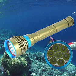 BORUiT 8000lumens Diving Flashlight 7*T6 LED Scuba Dive Torch IP68 200M Underwater Waterproof Tactical 18650 Portable Lantern