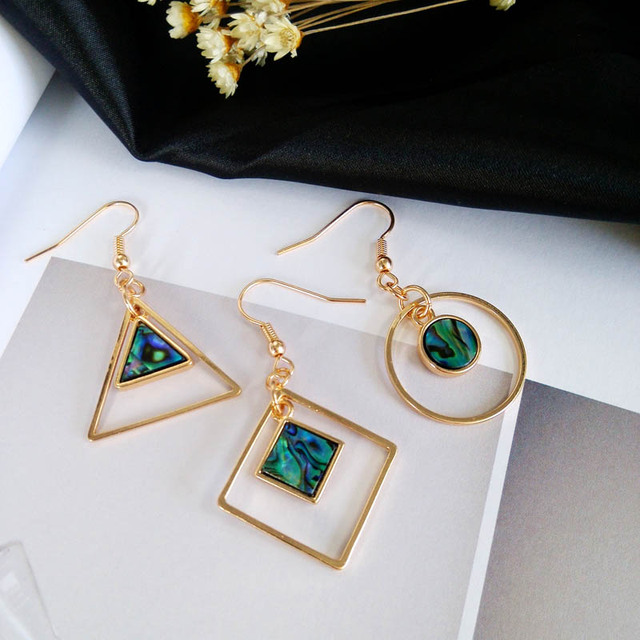 Dazzle colour green shell dangle Earrings triangle geometry contracted fashion accessories The minimalist earrings for women