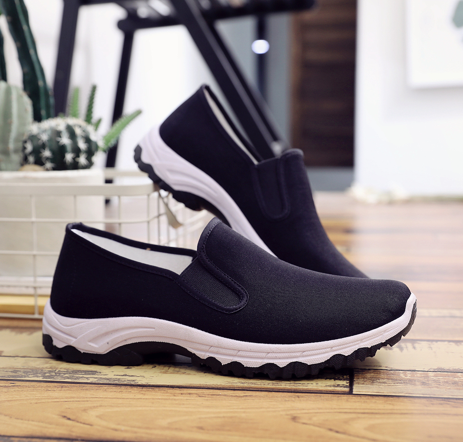 2018 New Spring And Autumn Mens Single Mesh Shoes Casual Shoes A Pedal Comfortable Soft Bottom Lazy Shoes Mens Shoes Men Shoes Men's Casual Shoes