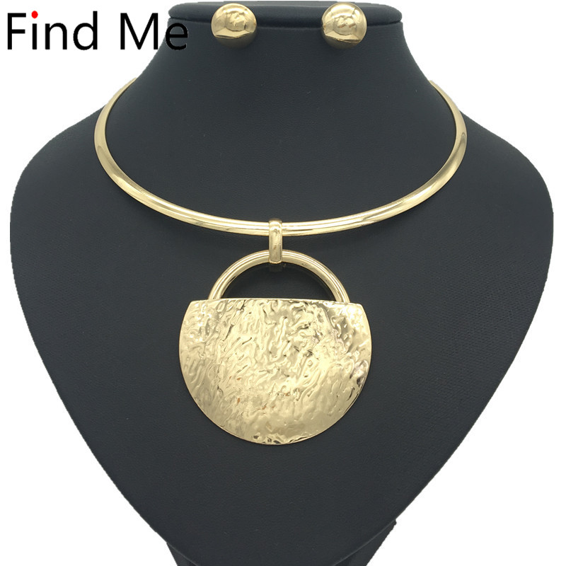 Find Me 2018 fashion long chain big circle collar choker necklace pendants vintage statement necklace women Jewelry wholesale vintage rhinestone circle necklace for women