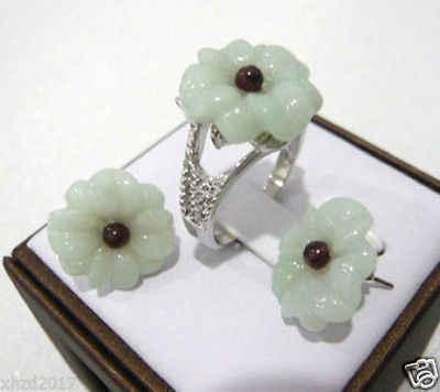 ใหม่สไตล์ร้อนขาย ******* สวยสีขาวหยกแกะสลักดอกไม้ต่างหูแหวนงานแต่งงานแฟชั่นเครื่องประดับ