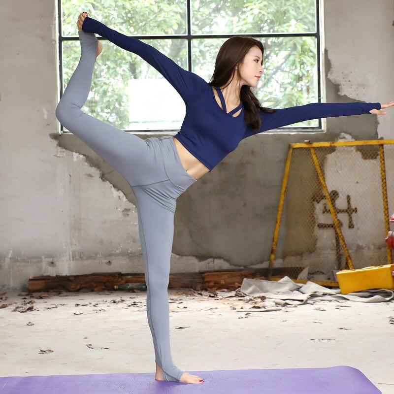 Nouveau costume de Yoga vêtements de Sport pour femmes à manches longues ensemble de Yoga femme en plein air course Sport porter des costumes de Fitness survêtement pour les femmes