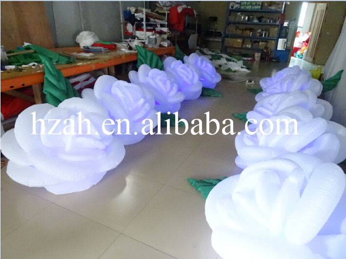 5m Long White Inflatable Rose Flower With LED Light