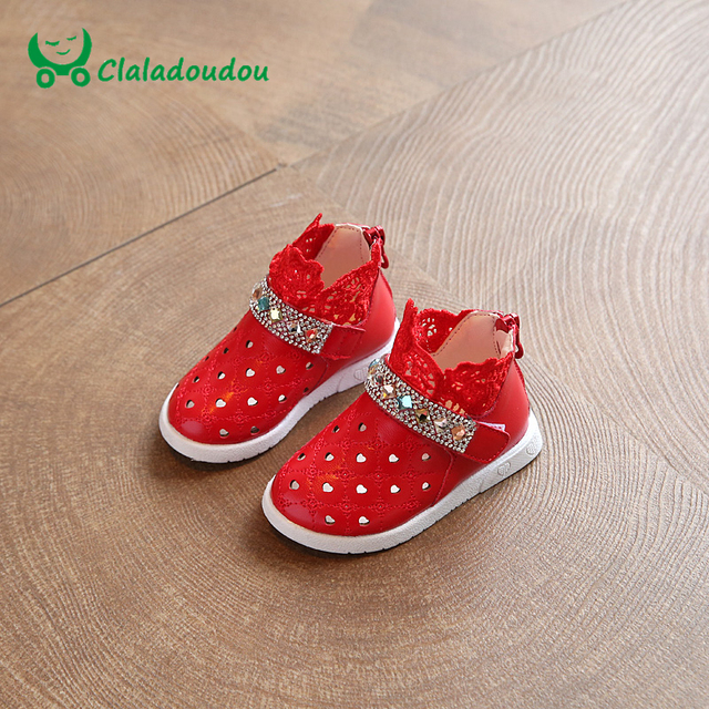 b2162e189118 Claladoudou Baby Shoes With Cute Lace Red kd Shoes For Children Girls Stone  Crystal Footwear White