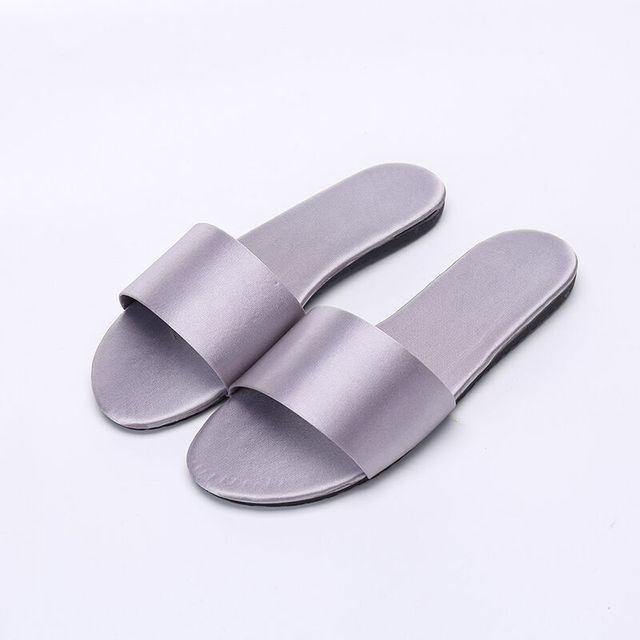 a2f0f646a Summer Women Slides Fashion Women Slippers Sandals Soft Soles Home Bathroom  Slippers Beach Flip Flops Shoes Woman Outside Flat-in Slippers from Shoes  on ...