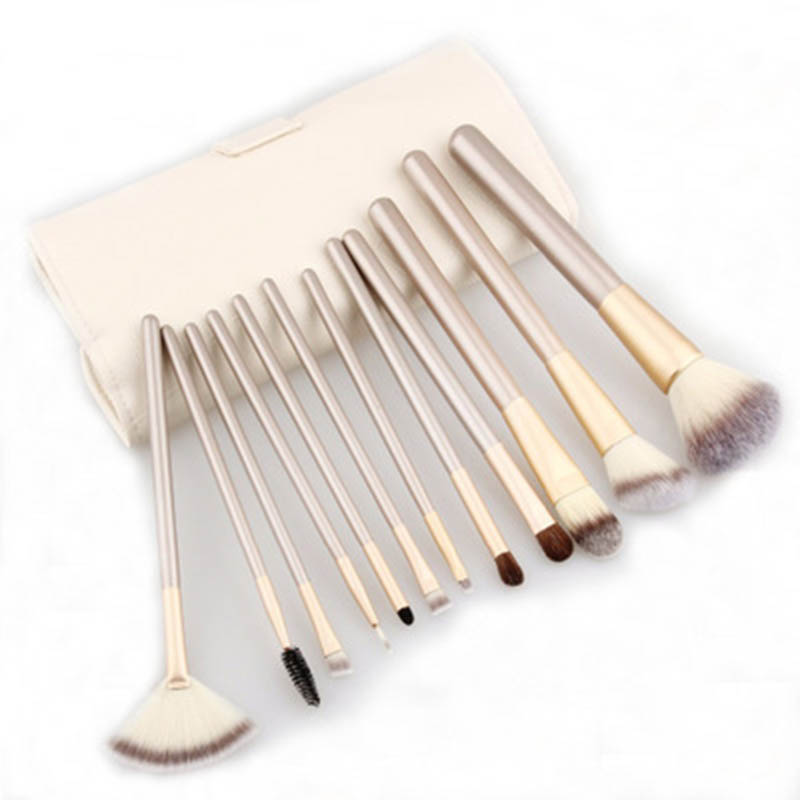 Makeup Brushes Tools Cosmetics Foundation Blush Powder Lip High Light Professional Brushes Eyebrow Eyelash Comb Pennelli Trucco