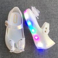 미니 멜리사 LED 플래시 조명 미니 소녀 샌들 2017 새로운 LED 샌들 소녀 신발 3D 나비 공주 신발 젤리 신발