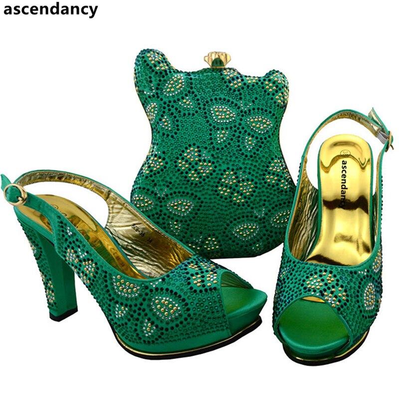 Последняя Щепка Цвет Обувь в африканском стиле и сумки в комплекте, Размер 38–43 в итальянском стиле по выгодной цене с доставкой в Для женщин в комплекте комплект из обуви и сумки, украшенные Стразы - 5