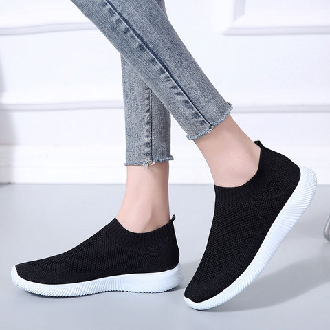 Casual shoes woman air mesh walking sneakers women shoes 2019 knitted slip on female flat shoes tenis feminino vulcanize shoes Islamabad