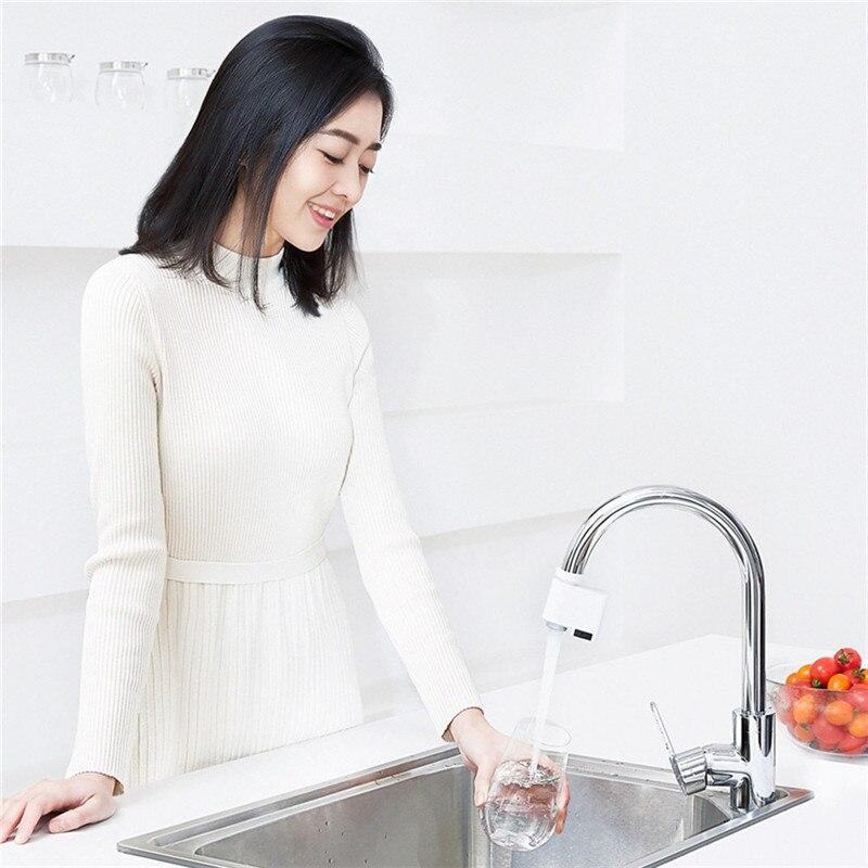 Image 4 - ZAJIA versión internacional Detección automática inducción infrarroja Dispositivo de ahorro de agua para la cocina baño fregadero grifoAccesorios de grifo de cocina   -