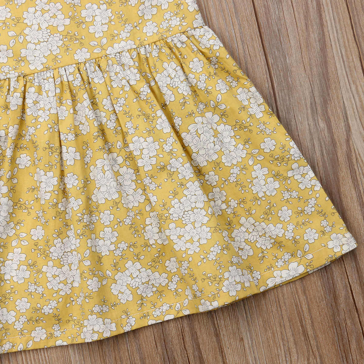739f9ed3e0ce2 Newborn Baby Girl Fly Sleeve Skater Dress Kid Floral Summer Party Dress  Lovely Baby Girls Clothes Casual Girl Dress
