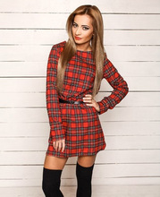 Grid printed backing of cultivate one s morality vintage red dress in the fall and winter