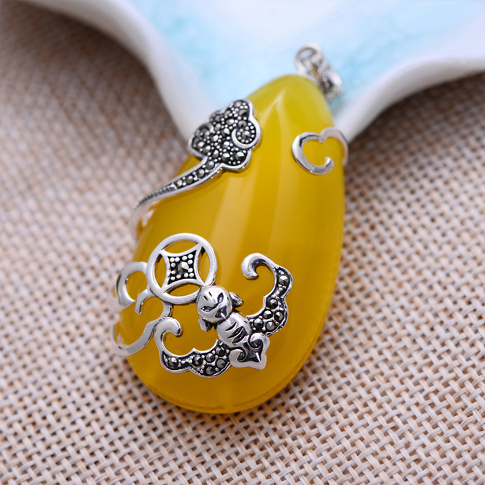 MetJakt Vintage Water Drop Natural Yellow Chalcedony with Zircon Pendant Solid 925 Sterling Silver Pendant for Sweater Chain 925 silver green yellow chalcedony agate pendant buckle female sweater chain large round jade pendant