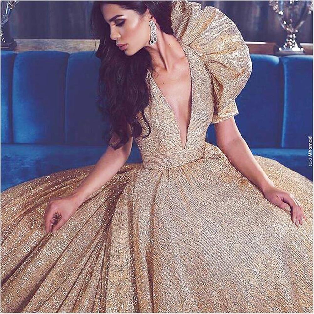 Kadın Giyim'ten Elbiseler'de Muhteşem Pullu Altın Kadın Resmi Elbise balo elbisesi Custom Made Aç Geri Uzun Tren Maxi Önlük Balo Akşam Parti Ünlü'da  Grup 3