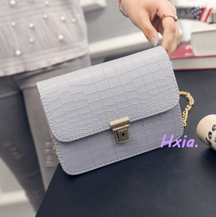 Free shipping,  new women handbags, fashion Korean version shoulder bag, chain m