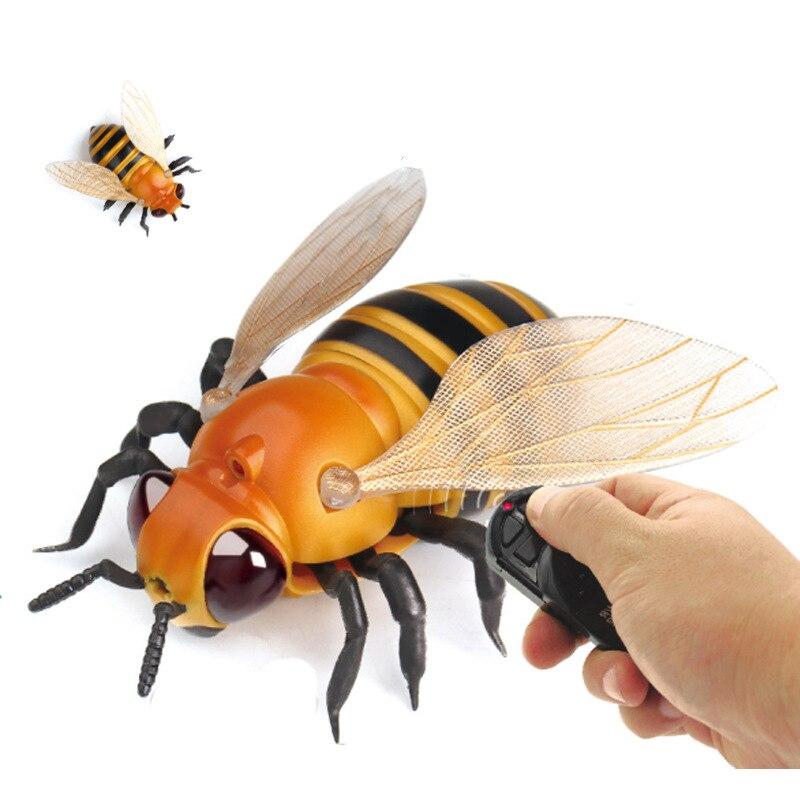 Divertente Simulazione Infrarosso RC di Telecomando Spaventoso Creepy Insetto Ape Fly Housefly Giocattoli Robot anti-stress Regalo Per Adulti bambini
