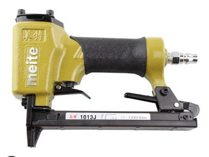 High Quality MeiTe 1013J Pneumatic Nail Gun Air Stapler Gun Tool Brad Nailer Gun U Style Free Shipping Furniture  Wood Sofa high quality 425kl u type pneumatic nail gun air stapler tools pneumatic brad nailer gun 16 25mm