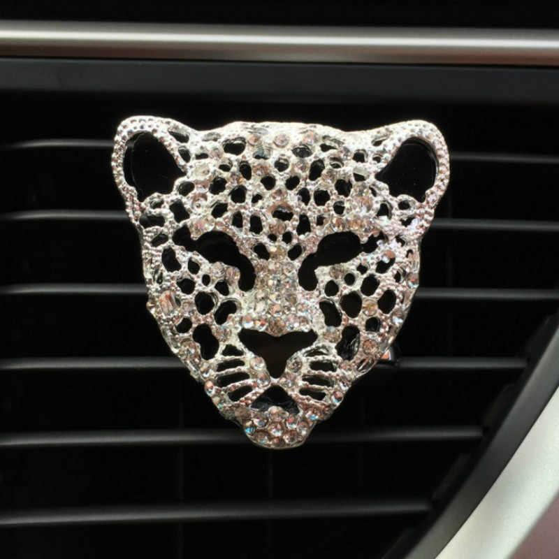 MR ÇAY Araba Aksesuarları Hava Spreyi Leopar Kafa Karikatür Gümüş Altın Hava Çıkış Kokulu Parfüm Klipleri Hediye Araba dekorasyon Için