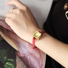 Women Fashion Leather Lovely Mini Quartz Watch (4 colors)