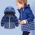 2017 primavera otoño Nueva llegada cute baby boy rayas abrigo con capucha chaqueta cazadora niños traje casual niños