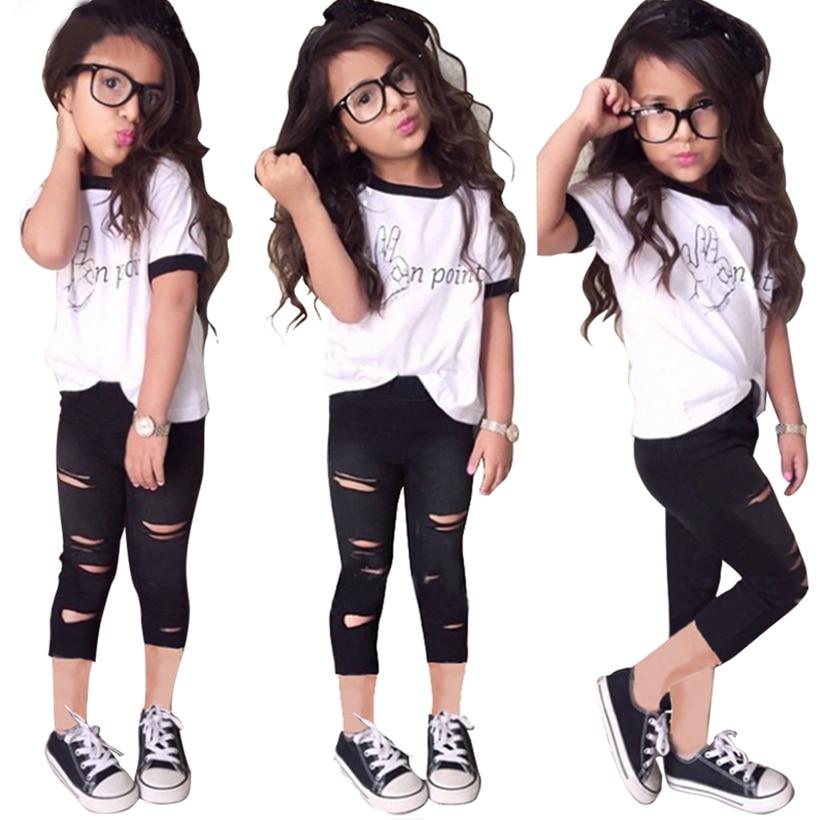 f9bcab84ce378 Nowa Europa style konstrukcyjne dziewczyny odzież ustawia moda litery biały  T-shirt + spodnie dziura 2 SZTUK odzieży dziecięcej dziewczyny ubrania
