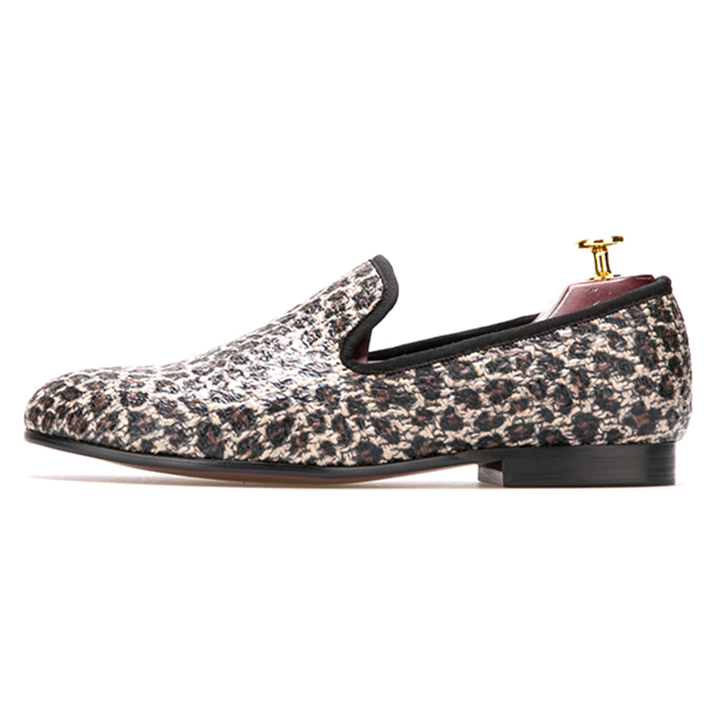 leopard pattern special fabrics handmade men loafers Fashion men casual shoes British style smoki wedding shoes mens dress shoes fashionable tassels ornament leopard pattern flat shoes loafers black leopard pair size 35