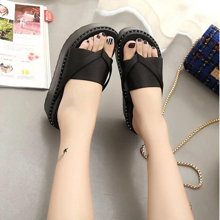 green-high-heel-slipper_05