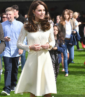 2017 קייט מידלטון שמלות נסיכת dress חדש אלגנטי שרוול ארוך טלאי תחרה