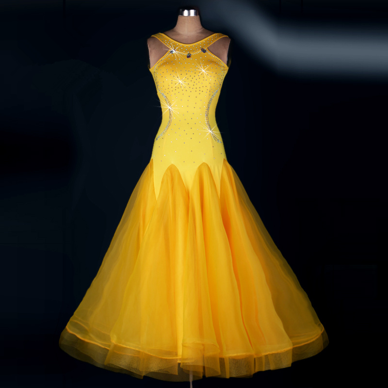 2017 new women Europe modern dance dress lady ballroom Leaking shoulder Diamond dress