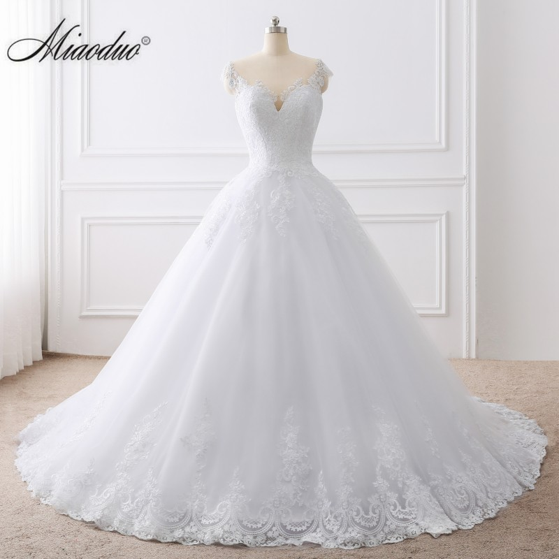 2019 Ball Gown White Wedding Dress Lace Appliques Bridal Gowns Vestido De Novias Princess Long Robe De Mariee Plus Size Elegant