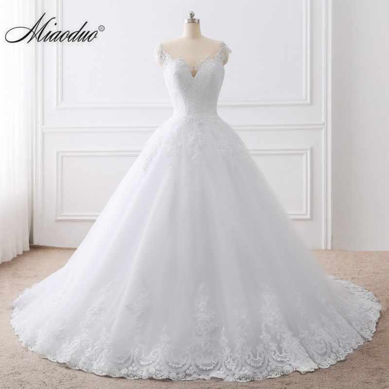2019 כדור שמלה לבנה שמלת תחרה אפליקציות כלה שמלות Vestido דה Novias נסיכת ארוך robe דה mariee בתוספת גודל אלגנטי