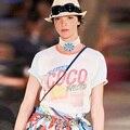 2017 Férias de Verão O-pescoço Das Mulheres Curto New Design Camiseta Manga Curta Moda Coco Ladies Solto Tops T-camisa CDE8451