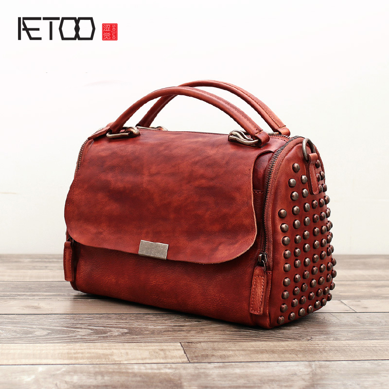AETOO New handmade retro rivets shoulder bag wipe the first layer of leather handbag female планшет samsung galaxy tab e sm t561 sm t561nzkaser