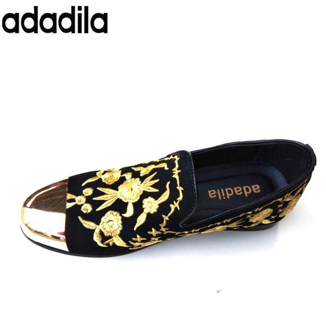 83b79bca11a21 US $48.68 |New Fashion Men Velvet Loafers Party wedding Shoes Europe Style  gold Embroidered Velvet Slippers Driving moccasins-in Men's Casual Shoes ...
