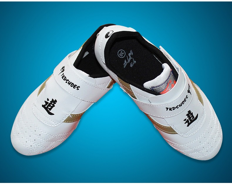 1pair Taekwondo Shoes soft Karate Taekwondo KONGFU WRESTLING Shoes sport shoes new high quality