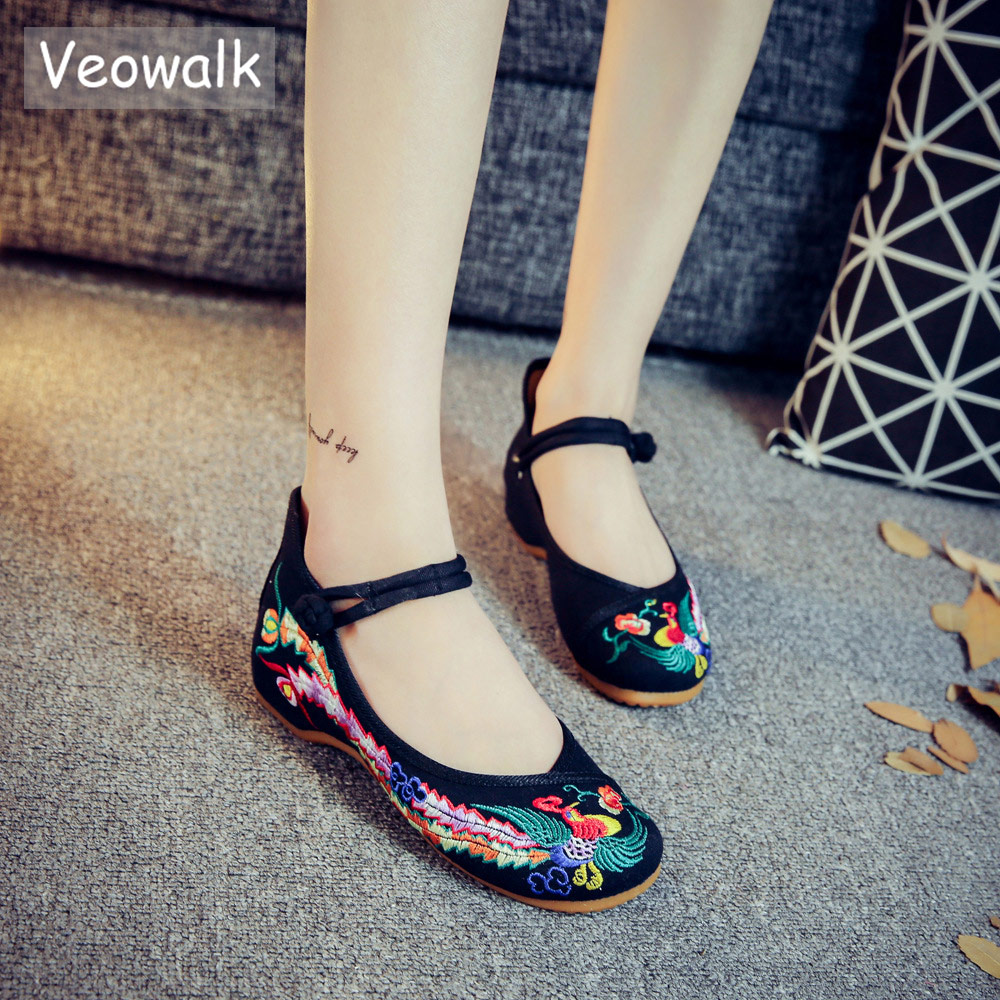 Veowalk Handmade Woman Ballet Flat Shoes Women Flower Embroidery Flats China Old Peking Traditional Comfortable Soft Shoes стоимость