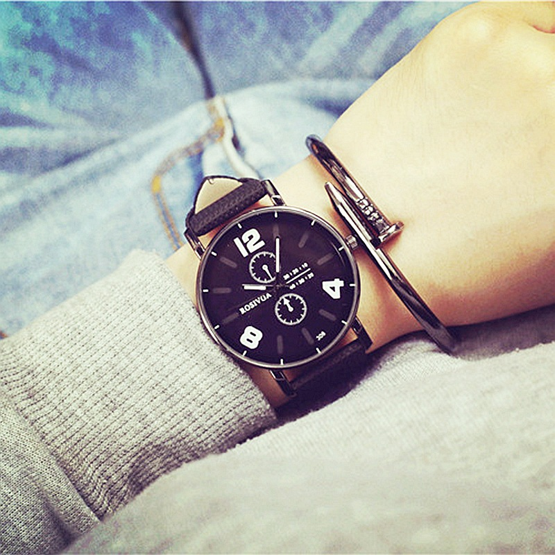 2017 fashion women watch New Arrival Vintage Classic Men Leather Strap watches Sport Quartz Watch Military brand Wristwatch