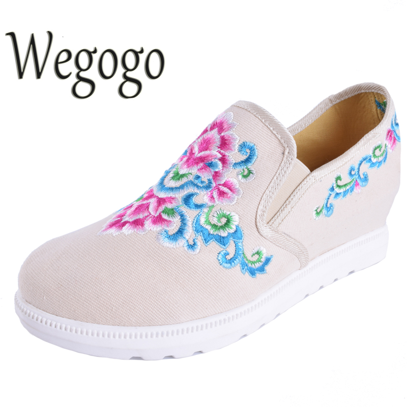 Wegogo Vintage Women's Shoes Loafers Casual Floral Canvas Fashion Ladies Slip on Cotton Cloth Flats Platform Shoes Zapatos Mujer vintage flats shoes women casual cotton peacock embroidered cloth flat ankle buckles ladies canvas platforms zapatos mujer