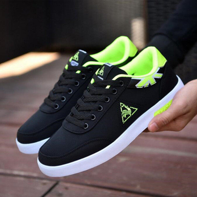 Hot Brand Men's Shoes 2019 New Casual Canvas Shoes Men's Fashion flat Shoes Men's Walking Shoes Men's Canvas Sneaker Footwear