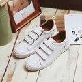 O envio gratuito de 2017 primavera novas mulheres da moda sapatos flats casuais esporte cores PU sapatos de plataforma das mulheres sapatos de marca casuais para mulheres