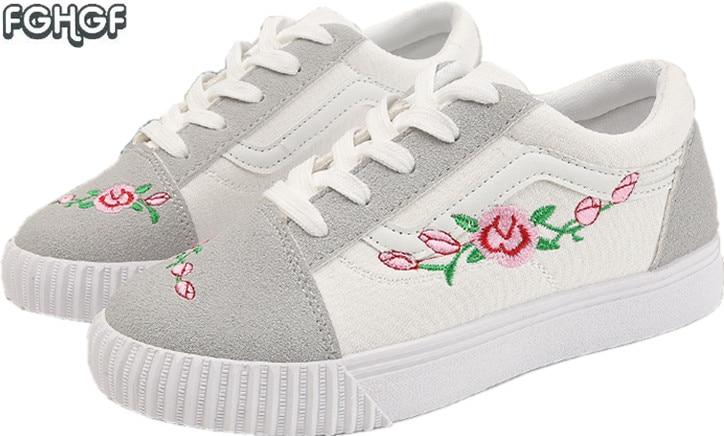 New women shoes woman Embroidery shoes moccasins espadrilles women flat shoes lolita shoe tenis feminino casual zapatillas mujer