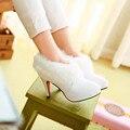 2017 recién llegado de tobillo botas de las mujeres blancas de piel botas de moda cargadores de las señoras más el tamaño de invierno de las mujeres zapatos de tacón alto de la boda zapatos