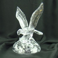 Exquisite Crystal Glass Eagle Sculpture Mineral Quartz Hawk Figurine Bird of Prey Decor Handicraft Ornament Present Accessories