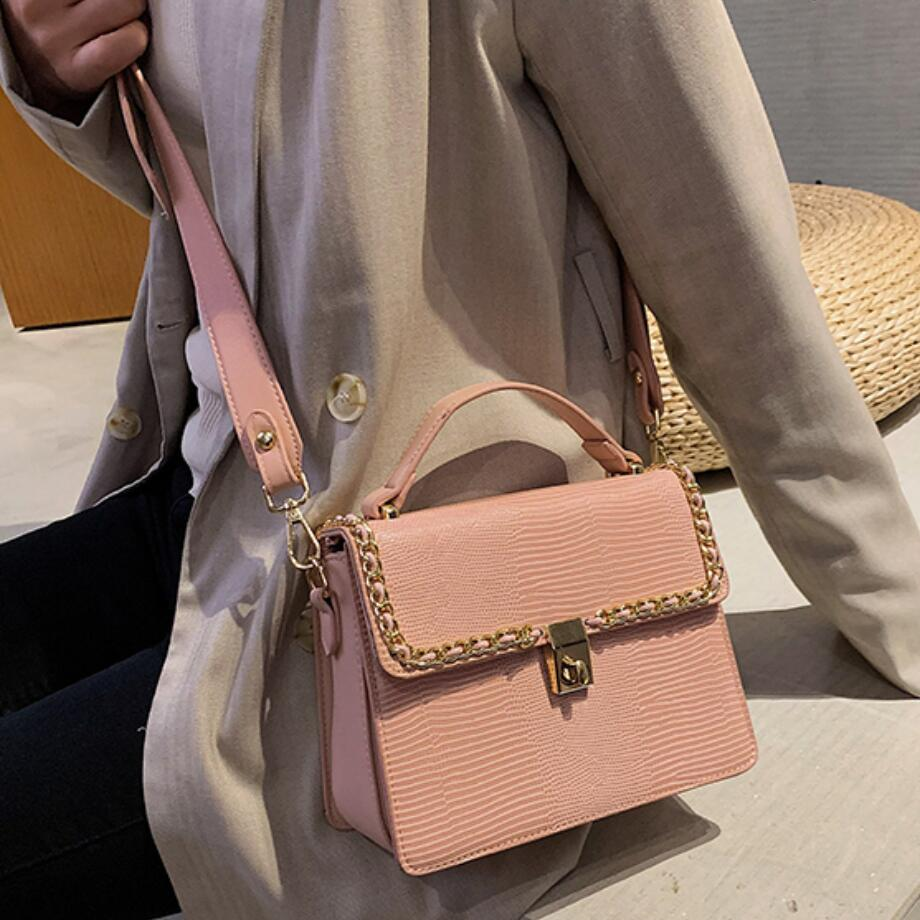 Vintage Fashion Female Tote bag 2019 New High Quality PU Leather Women's Designer Handbag Serpentine Lock Shoulder Messenger Bag 1