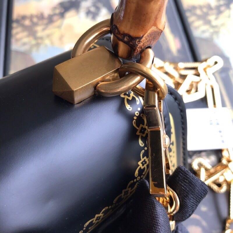 100 De Main Cuir À Pour Designer Bandoulière Véritable Luxe En Wc0135 Sacs Femmes Marque Piste Célèbre 0xYqdUw0H