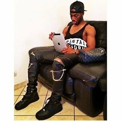 Melhor qualidade fit homens de couro zip cadeia motociclista jeans skinny designer de couro da marca hip hop calças calças corredores swag 28-36 pirex